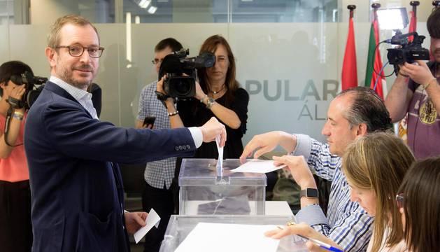 Cierran las urnas en las primarias del PP