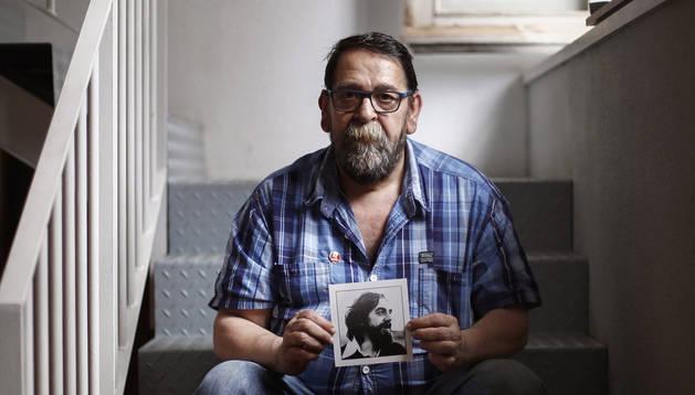 foto de Fermín Rodríguez, hermano de Germán, el joven muerto por un disparo de la policía en los incidentes de los Sanfermines de 1978.