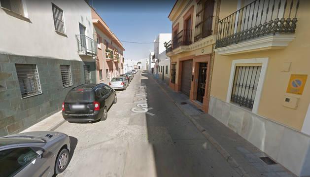 foto de La joven asesinada vivía en la calle Méndez Núñez de Lepe junto a sus dos hijos y su hermano.