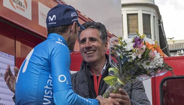 DOS GENIOS. Miguel Induráin y Alejandro Valverde, el pasado marzo en el Gran Premio Induráin.