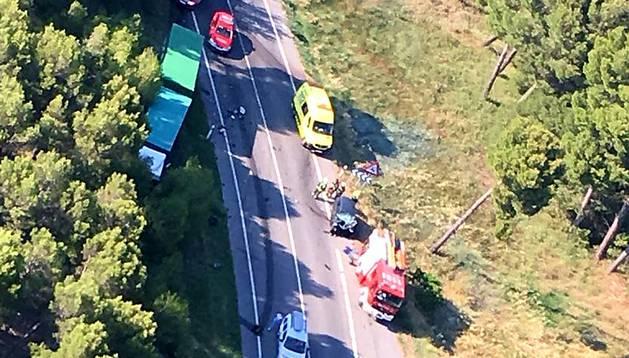 foto de Imagen aérea del lugar del accidente frontal que ha provocado un muerto en Cadreita.
