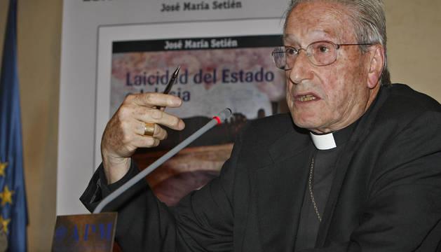 Fallece el obispo emérito de San Sebastián José María Setién