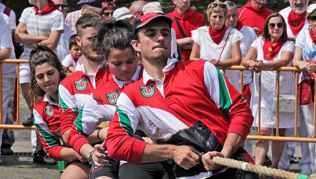 El equipo de Berriozar consiguió el segundo puesto del Torneo de San Fermín de Sokatira.
