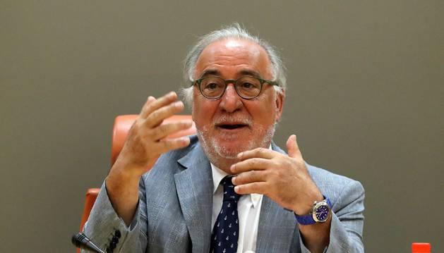 El director general de Tráfico, Pere Navarro, durante su comparecencia en rueda de prensa para informar sobre las cifras de accidentalidad de 2017.