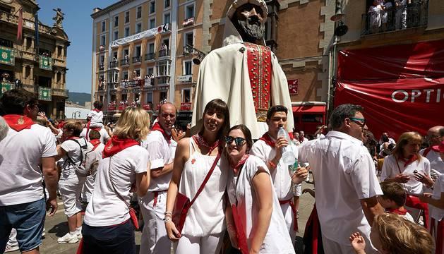 Las mejores fotos de los Gigantes y Cabezudos en Pamplona en San Fermín