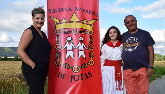 De izquierda a derecha, María Juaristi Iranzo, la rosarina Pilar López Virgili y José Carlos Jiménez Jiménez (`Charly`).