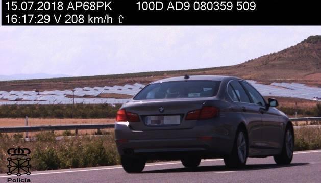 Denunciados 1.382 vehículos este domingo en Navarra por superar los 140 km/h