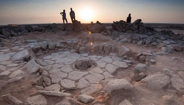 Yacimiento de Shubayqa 1 (Jordania), en el que un grupo de investigadores liderado la arqueobotánica vasca Amaia Arranz Otaegui, ha recuperado 24 restos de comida carbonizada.