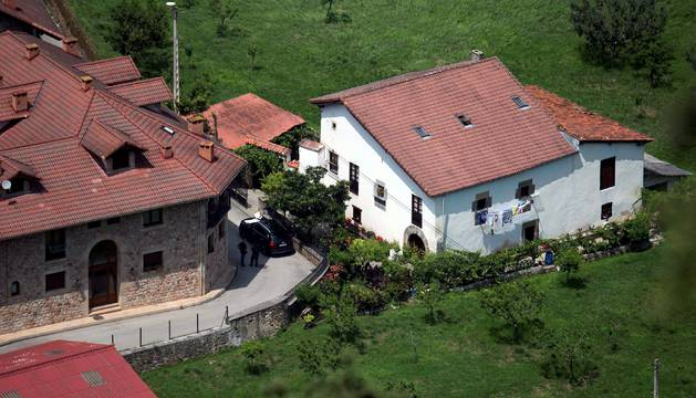 Detenido el hombre armado que huyó tras atrincherarse en su casa en Turieno