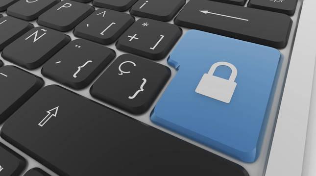 Bruselas abre expediente a España por incumplir las normas sobre ciberseguridad