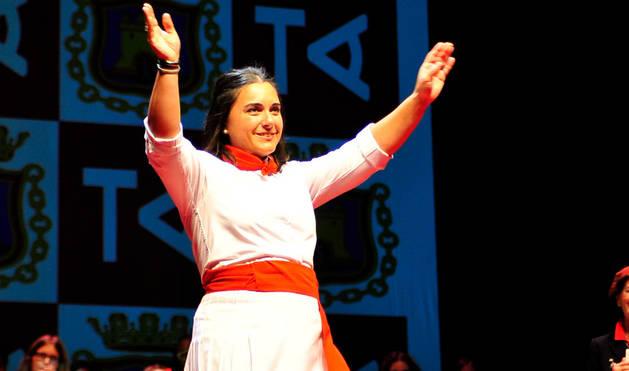 María Herrera, campeona del certamen de Jotas de Navarra 2017 en Tafalla.