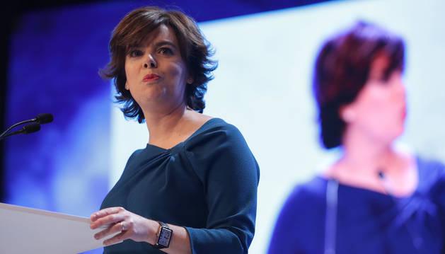 La candidata a la Presidencia del PP, Soraya Sáenz de Santamaría, durante su intervención en el XIX Congreso del partido