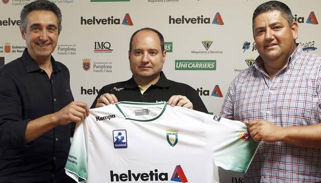 Iñaki Aniz, presentado como nuevo entrenador de Helvetia Anaitasuna