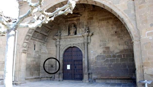 Frases y reloj, juntas en la iglesia de Aibar