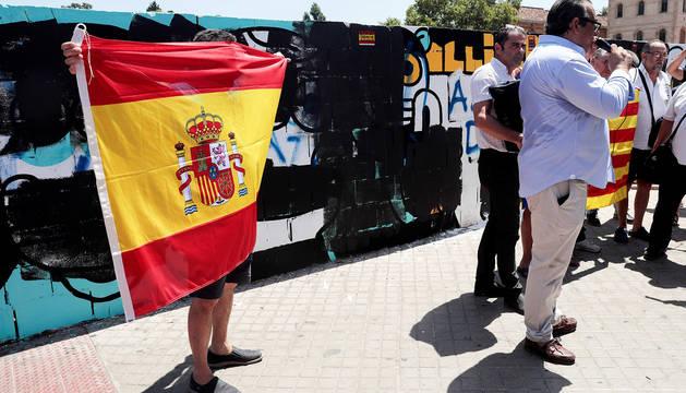 El autor del mural de Valencia asegura que
