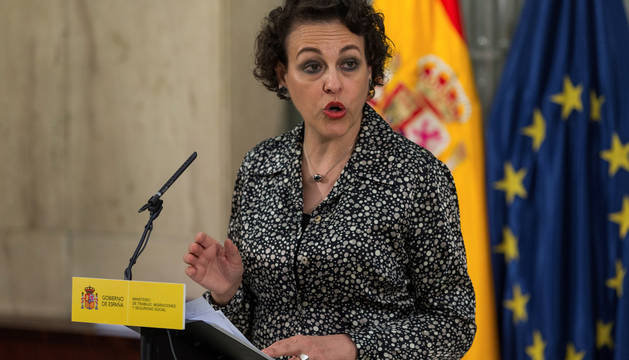 La ministra de Trabajo, Migración y Seguridad Social, Magdalena Valerio