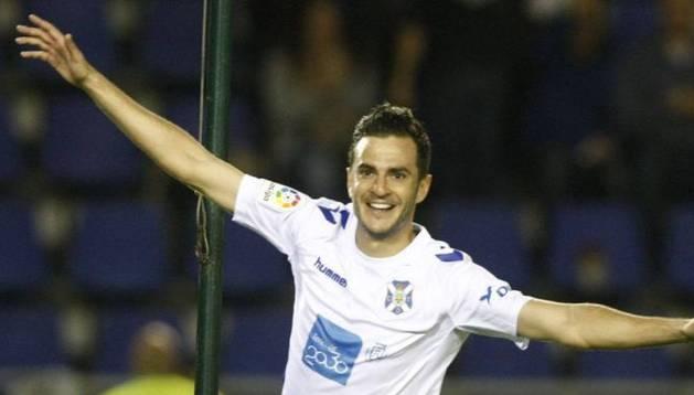 Juan Villar, a un paso de Osasuna