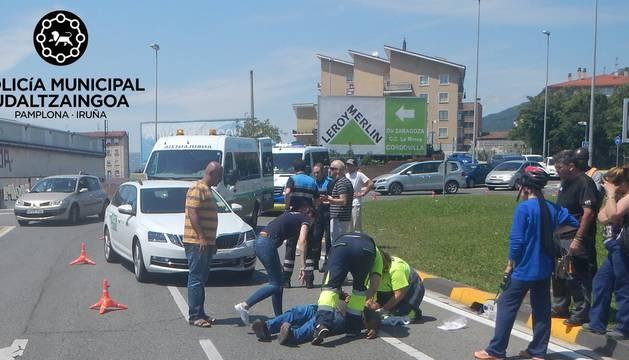 El motorista, de 49 años, resultó herido leve