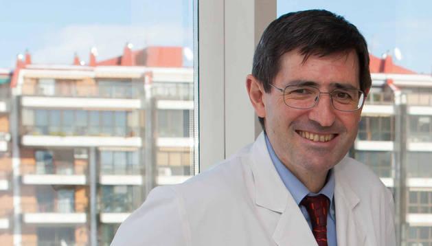 """Gabriel Gastaminza: """"Si la reacción no es solo local hay que ir al alergólogo"""""""