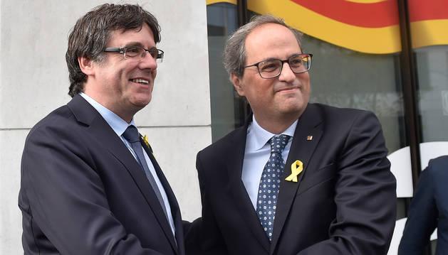 Puigdemont y Torra, en la delegación catalana en Bruselas.