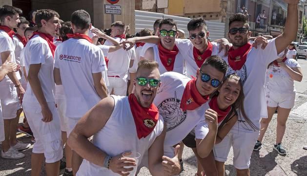 Cohete de comienzo de las fiestas 2018 en Lodosa