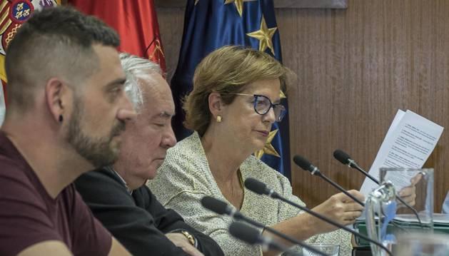 Javier López, primero por la izquierda, en un reciente pleno.