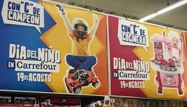 Imagen del anuncio colocado en algunos establecimientos de Carrefour Argentina y que ya ha sido retirado.