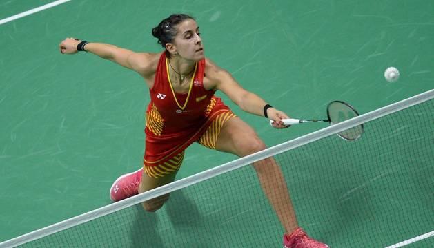 Carolina Marín vence a Nahwal y alcanza las semifinales del Mundial