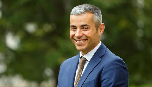 Iván Fernández Suárez, nuevo doctor por la UPNA, que ha desarrollado la investigación.