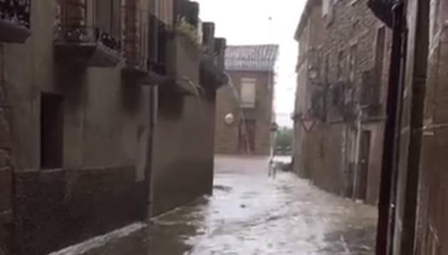Una fuerte tormenta sorprende a Carcastillo en plenas fiestas