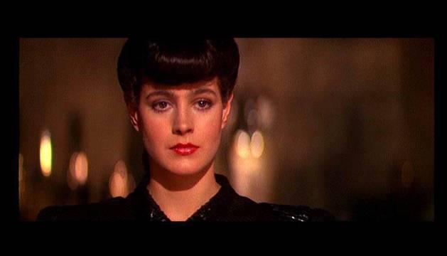 Fotograma de 'Blade Runner' en el que aparece Sean Young