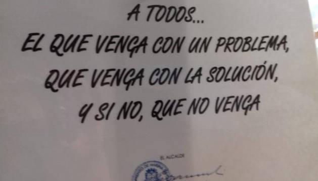 Mensaje que colgó el alcalde en el Ayuntamiento