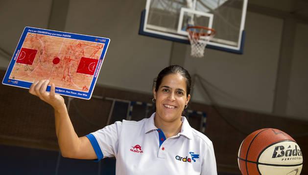 Garazi Misiego, que logró con el Ardoi el ascenso a LF2 como jugadora, será la entrenadora ayudante del equipo.