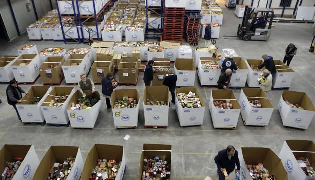 Imagen de los productos donados en una de las grandes recogidas de alimentos de Navarra.