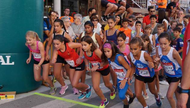 El comienzo de una de las pruebas femeninas en Valtierra.