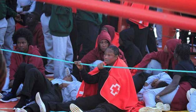 Ascienden a 361 los inmigrantes rescatados este miércoles en aguas andaluzas