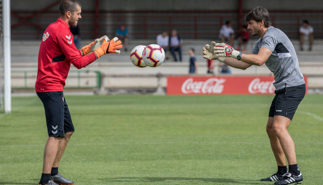 Rubén Martínez se ejercitó a un menor ritmo junto a Richard Sanzol. Hoy se conocerá si viaja.