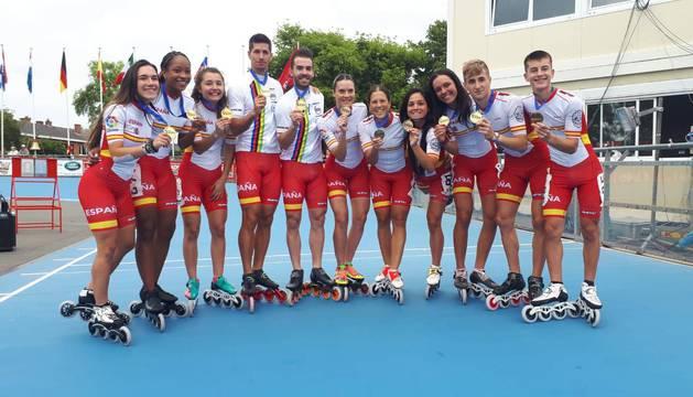 Los medallistas españoles en los 500 por equipos, entre ellos cinco de los navarros: I. Fernández, B. Pejenaute, M. Ancín, I. Galar y J.Larraosáin.
