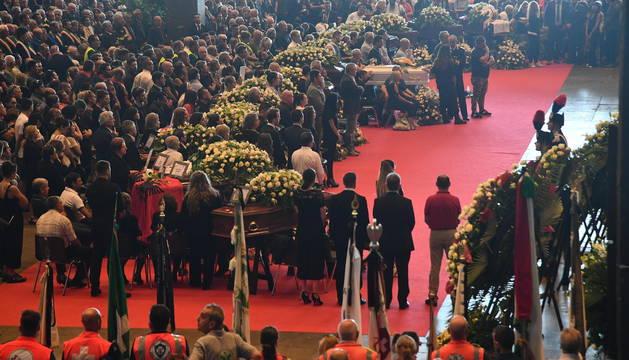 En el funeral de Estado por las víctimas