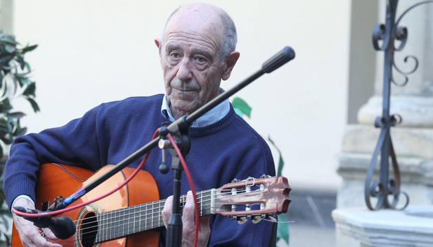 Carlos Itoiz, el genio pamplonés de la guitarra