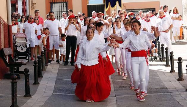 Fotos de la misa y procesión, en el segundo día de fiestas de Ablitas
