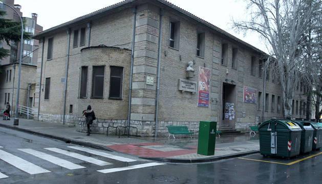 Antiguo conservatorio, en la calle Aoiz