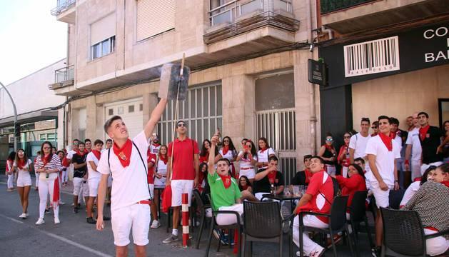 La peñas fueron las protagonistas de la séptima jornada de las fiestas patronales en honor a San Blas