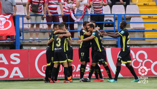 El Granada vence 1-3 al Extremadura a domicilio
