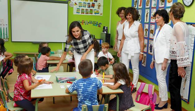 Doña Letizia preside en Oviedo la apertura del nuevo curso escolar