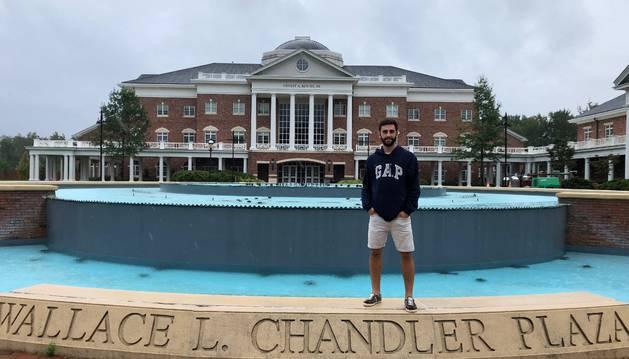 Iñigo Bronte se tomó ayer por la tarde esta fotografía en el campus, horas antes de la llegada del huracán.