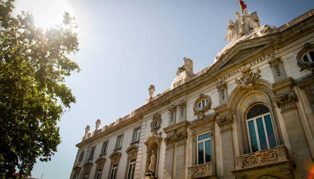 Fachada del edificio que alberga el Tribunal Supremo