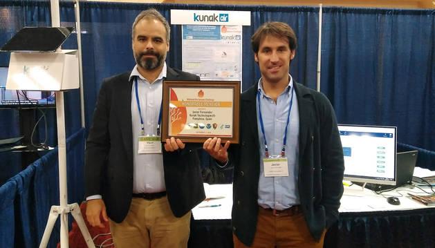 foto de Miguel Escribano y Javier Fernández Huerta, director de Desarrollo de Negocio y CEO de Kunak respectivamente.
