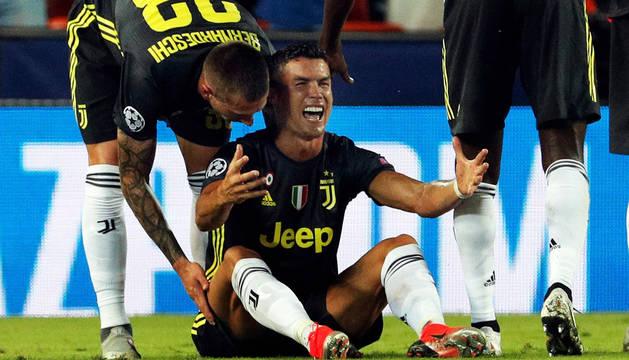 Cristiano Ronaldo, desencajado tras ser expulsado en el minuto 28.