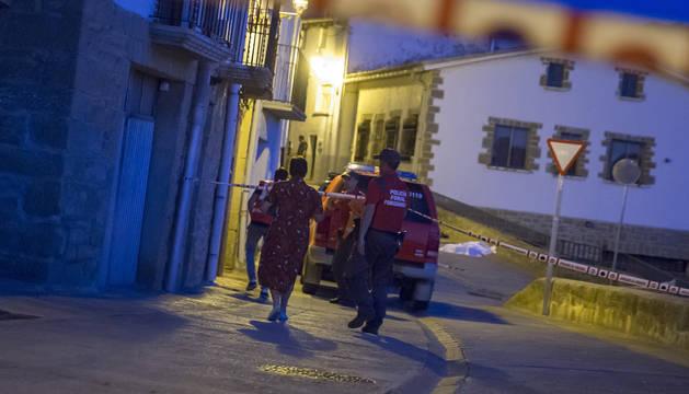 Actuación policial el pasado martes por la noche, en Cáseda.